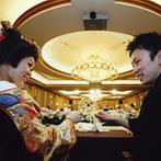 エクシブ琵琶湖:ゴージャスな装花を愛でながら、美味しい料理に舌鼓。目でも舌でも楽しめる、こだわり多彩なおもてなし