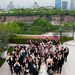KKRホテル大阪:憧れのガーデン挙式が叶うこと&自由に装飾できる高層階の貸切空間が決め手。夜景を楽しめるのもポイント