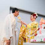 ハイアット リージェンシー 大阪:時間の問題で難しいと思われた和装へのお色直し。何人ものスタッフを動員しての着付で、新婦の希望が実現