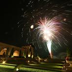 グランドエクシブ那須白河:新郎得意のゴルフショットで夜空に華やかな打ち上げ花火が炸裂!結婚式翌日はゲストとゴルフコンペを開催