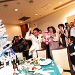 エルセルモ広島:ケーキ入刀&ファーストバイト、宝探しゲームやパットゴルフ…。ゴルフ尽くしの披露宴は大盛り上がり!