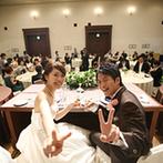 千里阪急ホテル CLASSIC GARDEN:ゲストも心から寛げるような、緑を感じるナチュラルなバンケット。ゲストと心通わせる温かなパーティに
