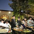 千里阪急ホテル CLASSIC GARDEN:入場演出やデザートビュッフェでガーデンが大活躍。時間の移ろいを感じながら、ゲストとの話も弾んだ