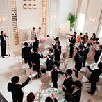 ル・センティフォーリア 天保山:贅沢な貸切空間で過ごす、ゲストとの特別なひと時。プランナーと話すうちに、結婚式のイメージが膨らんだ!