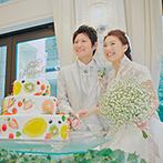アイネス ヴィラノッツェ 大阪:どんな色にも染まる会場を思いのままにコーディネート。ユニークなファーストバイトで笑顔が広がった