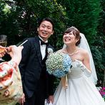 アニヴェルセル 神戸:緑豊かなガーデンつきのプライベート邸宅で楽しく交流。大人ナチュラルなアレンジも幸せの時間を引き立てた