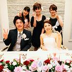 マリエカリヨン名古屋:お城のようにエレガントな会場をトータルコーディネート。装花やケーキ、映像にも遊び心を散りばめた