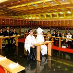 マリエカリヨン名古屋:出雲大社の御分霊が祀られた、由緒ある神殿での神前式。大勢の友人にも誓いを見届けてもらえて嬉しかった