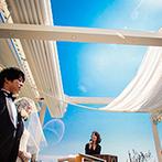 ホテル北野クラブ HOTEL KITANO CLUB:神戸の高台にあり、青空と街に包まれる絶好のロケーション! 上質の空間と料理でもてなすウエディング