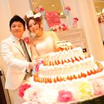 ベイサイド迎賓館 神戸:ピンクをアクセントにバランスよくコーディネート。感動のスピーチも美味しい料理もゲストの心をとらえた