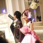 アーフェリーク迎賓館 大阪:受付も会場内もふたりらしくコーディネート!ガーデンから登場した後は幻想的なクリスタルキューブの演出