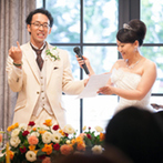 CITYPLAZA OSAKA HOTEL&SPA(シティプラザ大阪):手話も使ったプロフィール紹介&司会で、ゲスト全員が笑顔。テレビ電話で海外に住む友人も祝宴に参加した