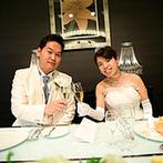 CITYPLAZA OSAKA HOTEL&SPA(シティプラザ大阪):大人っぽいコーディネートが似合うバンケット。和洋折衷のおもてなしが幅広い年代のゲストに喜ばれた