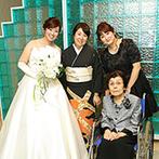 神戸メリケンパークオリエンタルホテル:頼れるスタイリストがつき、女子会気分で盛りあがった準備期間。花嫁の理想をバランスよく形にしてもらえた
