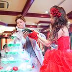 ルミエランジェ・ガーデン(Lumierange Garden):クリスマスツリーをイメージしたシャンパンタワーに注目!新郎のバースデーサプライズで幸せなムードを満喫