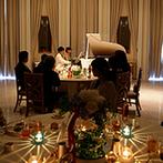 ガーデンヒルズ迎賓館 松本:ゲストとの絆を大切にするふたりのサブテーマは「繋がり~手と手~」。ピアノの連弾にゲストもうっとり