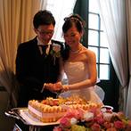 ホテルモントレ長崎:色鮮やかな装花で飾られた、欧風の薫り漂う上質空間。ゆっくりと美食を堪能する至福のひと時をプレゼント