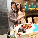 アーカンジェル迎賓館 名古屋:ひまわりや海を連想させるブルーで夏のコーディネート。ウェルカムカーやオリジナルケーキなどふたり色に