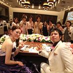 LEBAPIREO(レガピオーレ)-urban villa wedding-:「US Wedding(私達の結婚式)」をテーマに、オリジナリティ満載!新郎こだわりの動画がゲストを楽しませた
