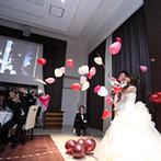 LEBAPIREO(レガピオーレ)-urban villa wedding-:森やナチュラルをテーマにしたふたりらしい会場で、バルーン演出を合図にゲストと一緒に楽しむパーティ