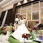 LEBAPIREO(レガピオーレ)-urban villa wedding-:車の部品や工具を随所にちりばめ、デニムのテーブルクロスでカジュアルに。まるでここはふたりのガレージ!