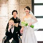 THE KAWABUN NAGOYA:家族の絆を感じる花嫁入場シーンにゲストも心を打たれた。温かな祝福に包まれたアットホームなセレモニー