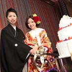 グランドプリンスホテル広島:ふたりの好みに合わせて自由に会場コーディネート。美味しい料理を囲み、ゲストと過ごした楽しいひと時