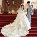 宝塚ホテル:美食を味わいながら優雅なひとときを過ごしてもらおうと選んだのは、重厚感あふれるラグジュアリーホテル