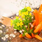 星ヶ丘・アートグレイスクラブ:カラフルな野菜の数々とリンゴをモチーフにした個性光る空間で、美味しい料理と楽しい会話を満喫