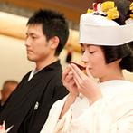 岐阜都ホテル(2019年4月1日から都ホテル 岐阜長良川):移動の負担がないホテル内の神殿で、本格的な神前式。憧れの白無垢に身を包み、古式ゆかしい婚礼の儀を