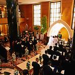 ホテルメトロポリタン盛岡 NEW WING:開放的なロビーチャペルや披露宴会場に加え、スタッフの親切な対応に、ゲストが当日心地よく過ごせると実感