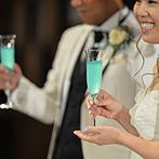 アートホテル上越:純米酒を使った美しいカクテルの登場で爽やかにスタート。ふたりらしいイベントが満載の賑やかなパーティ
