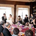 GAMAGORI CLASSIC HOTEL(蒲郡クラシックホテル):ゲストとの距離が縮まるよう、テーブルの配置も一工夫。格式ある空間を貸切にして親子の絆を深めるシーンも