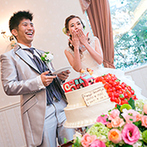迎賓館 サクラヒルズ川上別荘:雄大な景色を望むバンケットで、ふたりらしいパーティを。手作りアイテムやオリジナルケーキが話題