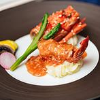 ヨコハマ グランド インターコンチネンタル ホテル:ボリューム満点の装花がなんともフォトジェニック!横浜らしさも味わえる本格的な中華料理に大満足