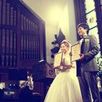 ST. MARGARET WEDDING(セント・マーガレット ウエディング):午後のやわらかな光が差し込む大聖堂。チェロやバイオリンの音色が重なる人前式で感謝に満ちたセレモニー