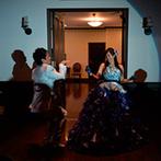 ウエディングヒルズ アジュール:ふたりの披露宴は、お色直しの後からテンションアップ!ノリノリのダンスで、会場を笑いの渦に巻き込んだ
