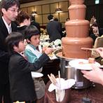 目黒雅叙園(ホテル雅叙園東京):お寿司などボリューム満点の和洋折衷料理、自由に食べられるチョコレートファウンテンがゲストに好評!