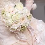 目黒雅叙園(ホテル雅叙園東京):小物から空間の雰囲気まで新婦の希望を形にしてくれたプランナー。とくにブーケと装花のアレンジが秀逸