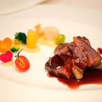 新横浜プリンスホテル:高層階からの眺めが、料理の美味しさをいっそう引き立てる。ゲストとのフォトタイムやふれ合いも満喫できた