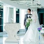 新横浜プリンスホテル:知名度抜群のホテルは交通の便もよく、遠方ゲストも安心。横浜の絶景を見下ろすチャペルが気に入った