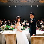 パレスホテル東京(PALACE HOTEL TOKYO):装花のイメージを固める前に衣裳を決めておくと、打ち合わせがスムーズ。早めに取りかかって効率よく準備を