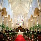 アートグレイス ウエディングシャトー:スケール感あふれる大聖堂の圧倒的な美しさに一目ぼれ。ガーデンのあるゲストハウスも譲れない条件だった