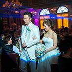 ロイヤルチェスター太田:アンティークな調度品で彩られたパーティ会場を自由に飾り付け。大スクリーンで見る映像も演出も迫力満点!