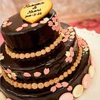 インペリアルウィング富山迎賓館:彩りも鮮やかな美食でゲストに至福のひと時をプレゼント。甘さ控えめの可愛らしいチョコレートケーキも登場