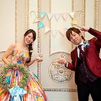ザ・ロイヤルクラシック姫路:白を基調としたパーティ会場は、カラードレスや想いが映えて理想的!憧れの大階段や親身な対応も決め手に