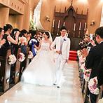 サンタガリシア大聖堂:ハープの生演奏&聖歌隊の生歌で感動もひとしお。外国人牧師に導かれ、厳かに夫婦の誓いを立てた