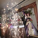 ホテル マリターレ創世 久留米:ゲストに配慮して大型スクリーンでの生中継。7色の光の演出や、花火で会場全体に笑顔があふれた