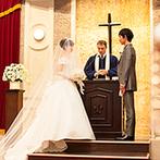 名古屋東急ホテル:中世ヨーロッパの雰囲気が漂う4フロア吹き抜けのアトリウムラウンジ。美しいハーモニーが全員を包み込んだ