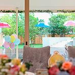 EXEX SQUARE (旧 リュクスガーデン岐阜):ガーデンを彩るカラフルなパラソルやバルーンも雨ならではのアイデア。最善を尽くしてくれたスタッフに感謝